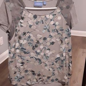 Simply Vera/Vera Wang small tshirt